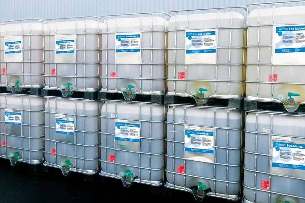Jäänsulatusainetta konteissa